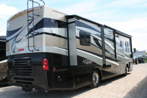 2011-Tiffin-Motorhomes-Allegro-Red-34-QFA-1